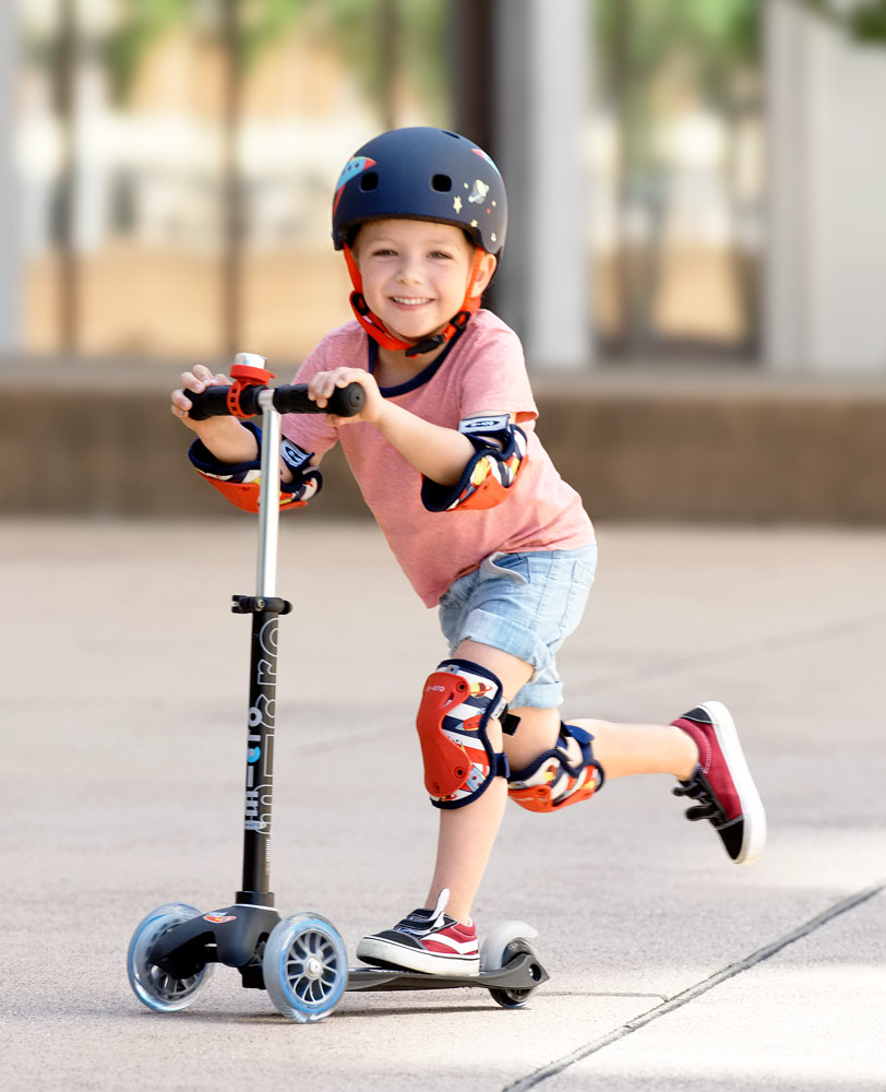 Micro Knee & Elbow Pads Rocket   Micro Scooters Perth